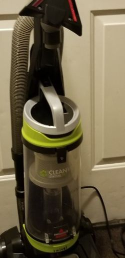 Vacuum BISSELL CleanView Swivel Pet Plus for Sale in Sloan,  NV