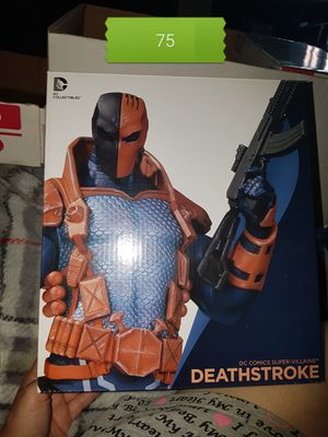 deathstroke collectible bust statue for Sale in Irving, TX