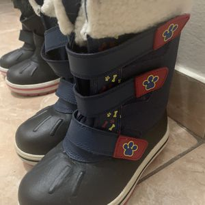 Boys Winter Boots- Size 12 Paw Patrol for Sale in Weston, FL