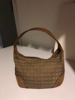 COACH PURSE, Vintage Leather Hobo Bag for Sale in Broadview Heights, OH