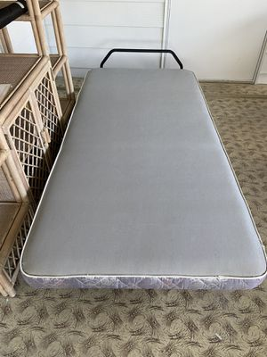 TWIN BED for Sale in Winter Haven, FL