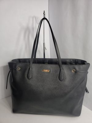 LIKE NEW Authentic KATE ♠️ SPADE New York Laurel Way Ari black saffiano leather handbag PRICE FIRM 🚫 for Sale in San Antonio, TX