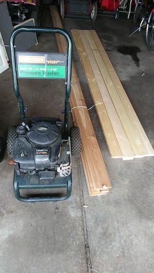 Power washer running motor needs repair to spray for Sale in Ypsilanti, MI