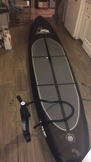 11.5' Inflatable SUP Board + Paddle + Leash for Sale in Tampa, FL