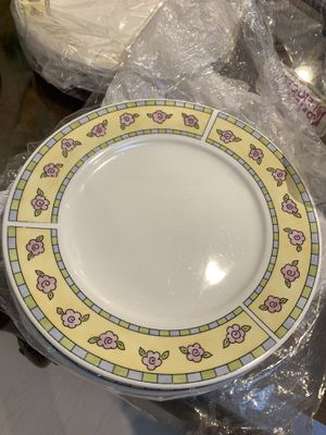 New orleans plates for Sale in Burbank, CA