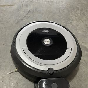 I Robot 675 for Sale in Katy, TX