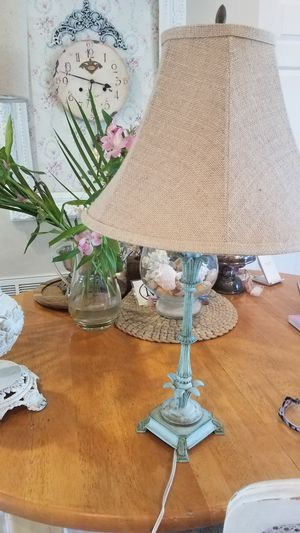 VINTAGE, SHABBY, FRENCH LAMP for Sale in Boca Raton, FL
