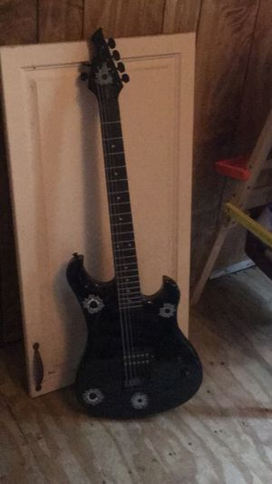 First Act Six String Electric guitar and fender amp for Sale in Port Neches, TX