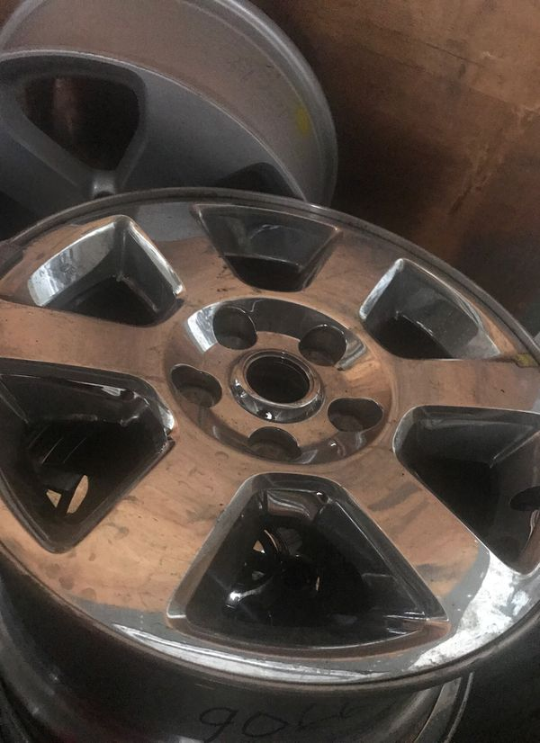 1 Jeep camander wheel chrome clad Hollander 9066