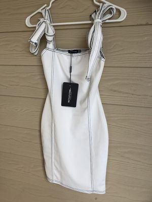 White Tie Shoulder Bodycon Dress size 0 Brand new, never worn $10 for Sale in Cedar Park, TX