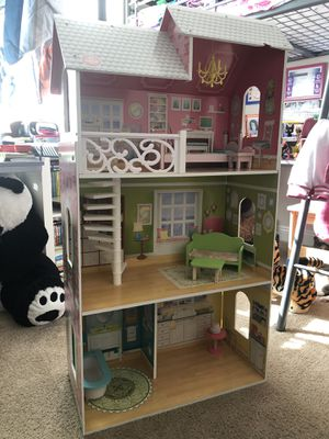 Doll House 🏠 for Sale in Hollywood, FL