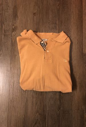 Burberry shirt (size large) for Sale in Pittsburgh, PA
