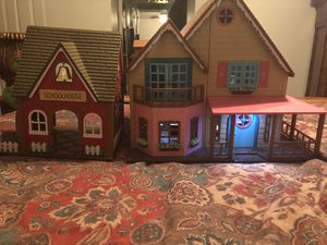 Critter house and school house play set for Sale in Clovis, CA