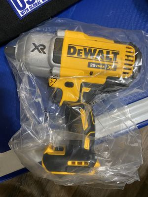 DEWALT 20v Max XR 3-Speed 1/2 in. Cordless Impact Wrench Kit with Detent Pin Anvil (Tool-Only) New for Sale in San Diego, CA