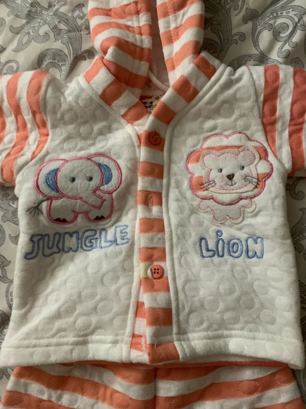 Little Monday baby winter wear Top with Bottom Size (6-9 months).