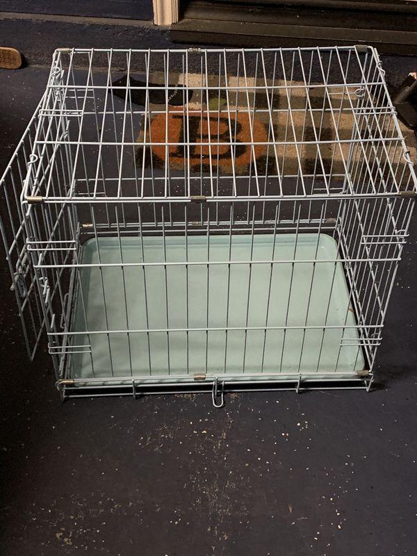 Dog training kennel
