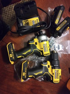 Dewalt 20v drill and impact combo for Sale in Dallas, TX