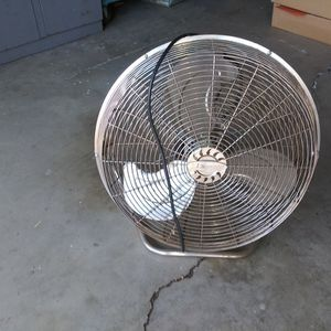 Lakewood Fan for Sale in Temple City, CA