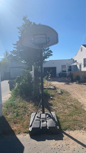 Basketball hoop for Sale in North Haven, CT