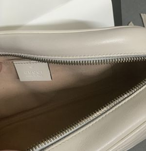 Gucci crossbody bag for Sale in Bloomingdale, IL