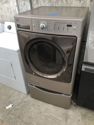 Kenmore front load washer 27 wide 2019 for Sale in Santa Ana, CA