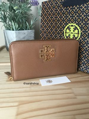 Tory Burch wallet for Sale in Palm Shores, FL