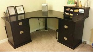 dark espresso corner desk w/moveable storage shelf for Sale in Trinity, FL