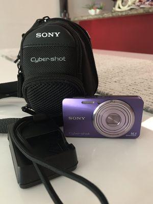 Sony Cyber-Shot Digital Still Camera for Sale in Miami, FL