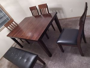 Dining set for Sale in Kent, WA