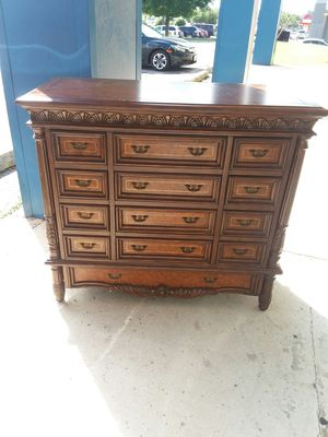 Beautiful 12 drawer dresser/Tv/Media cabinet 😲credit cards accepted! for Sale in Joliet, IL