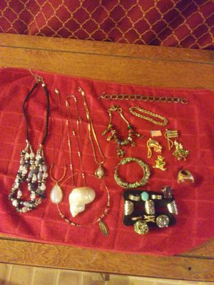 Lot of Costume Jewelry for Sale in Beaumont, TX