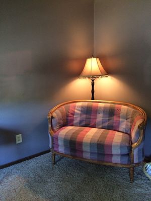 Antique Sofa Chair for Sale in Columbus, OH