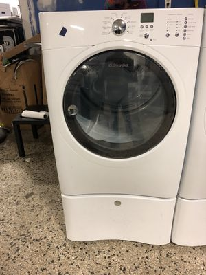 Electrolux front load washer and dryer electric dryer with warranty for Sale in Woodbridge, VA