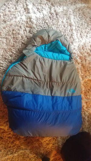 North Face cats meow headseeker mummy sleeping bag for Sale in Boston, MA