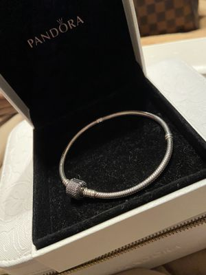 Pandora bracelet for Sale in TWN N CNTRY, FL