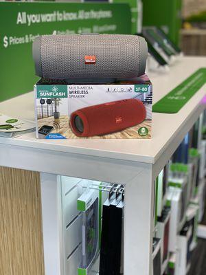 Bluetooth speaker for Sale in Frostproof, FL