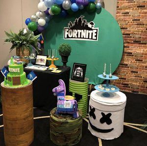 Fortnite party decoration birthday balloons for Sale in Clermont, FL