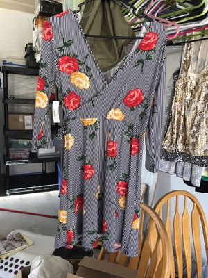 Medium striped dress with flowers for Sale in Thornton, CO