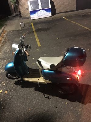 Geely Scooter for Sale in Fridley, MN