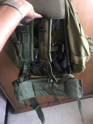 Army backpack real deal/ hiking bag, survivor bag for Sale in Alameda, CA