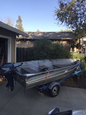 12 ' Valco aluminum boat & motor for Sale in Stockton, CA