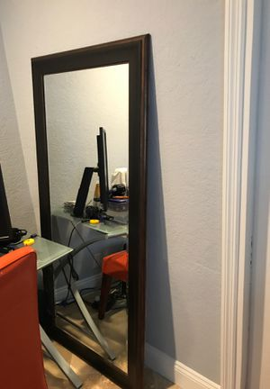 Large mirror full length for Sale in Hollywood, FL