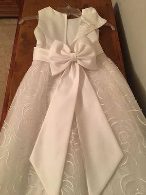 David's Bridal Flower girl dress size 7 for Sale in Midlothian, VA