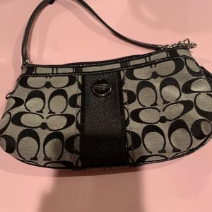 Coach Wristlets And Bags for Sale in Pittsburgh, PA