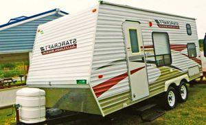 2010 18ft Starcraft Autumn Ridge 186BH Travel Trailer for Sale in Atlanta, GA