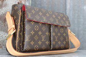 Vintage Louis Vuitton Bag for Sale in Duluth, GA