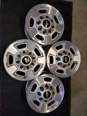 17 INCH FACTORY CHEVY CHEVROLET GMC WHEELS RIMS 8 LUG HD 2500 3500 for Sale in Perris, CA