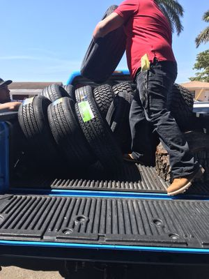 Gomas tires cauchos llantas {contact info removed} for Sale in Hialeah, FL