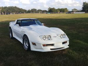 1980 Chevy corvette for Sale in Hollywood, FL