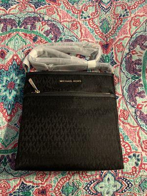 Brand new, original Michael Kors black messenger bag for Sale in Zephyrhills, FL